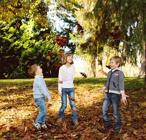 družina O. | Družinsko fotografiranje ~ Brdo pri Kranju