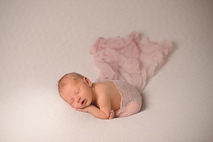 Fotografiranje novorojenčkov z Juretom in s Piko ~ Tržič
