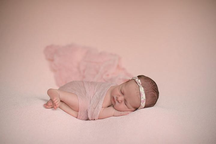 Fotografiranje novorojenčkov z Juretom in s Piko ~ Zg. Jezersko