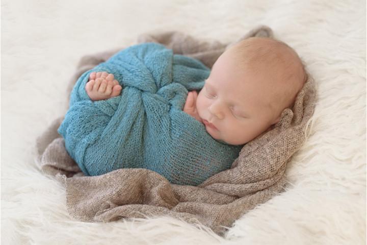Fotografiranje novorojenčkov z Juretom in Piko ~ Slovenj Gradec