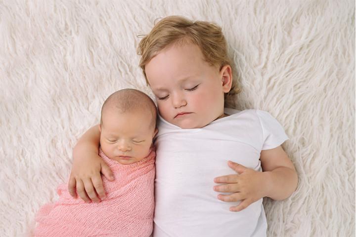 Fotografiranje novorojenčkov z Juretom in Piko ~ Šentvid pri Stični