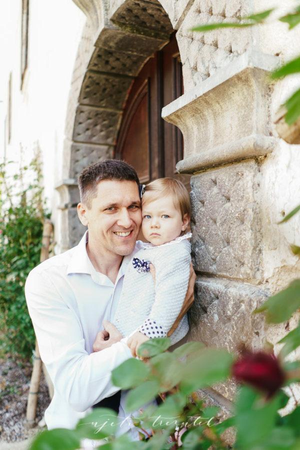Fotografijo sta ustvarila: Jure in Pika @Ujeti trenutek z Juretom in Piko (www.ujeti-trenutek.com)